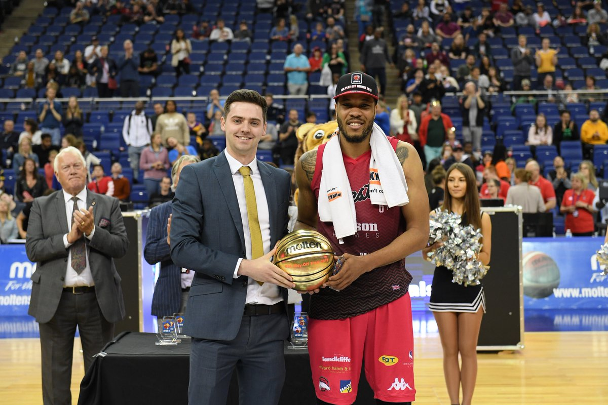 Suns and Riders Win Play-off Finals At The O2